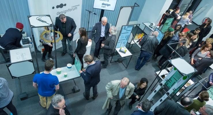 Foto 2: Ausstellungseröffnung im designforum Steiermark am Andreas-Hofer-Platz © geopho.com