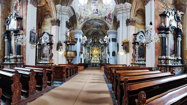 Innenansicht der Basilika Mariatrost