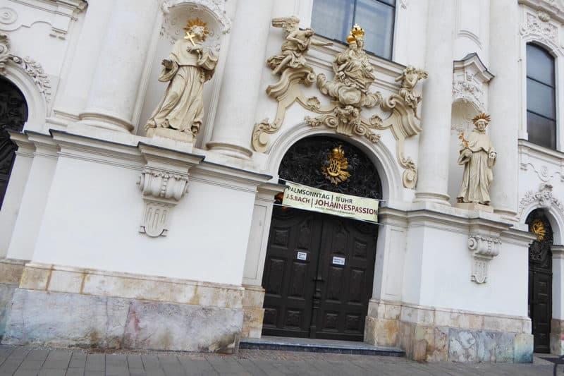 Das Portal der Mariahilferkirche Graz