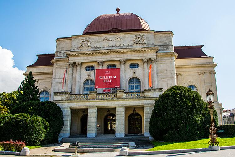 Die Oper Graz von vorne