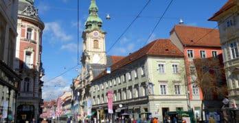 """Die Stadtpfarrkirche Graz """"Zum Heiligen Blut"""""""