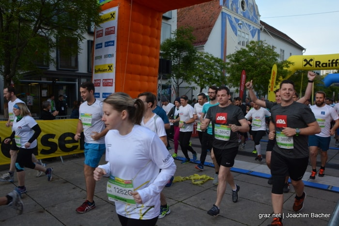 raiffeisen-businesslauf-graz-2019_179