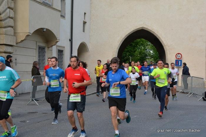 raiffeisen-businesslauf-graz-2019_309
