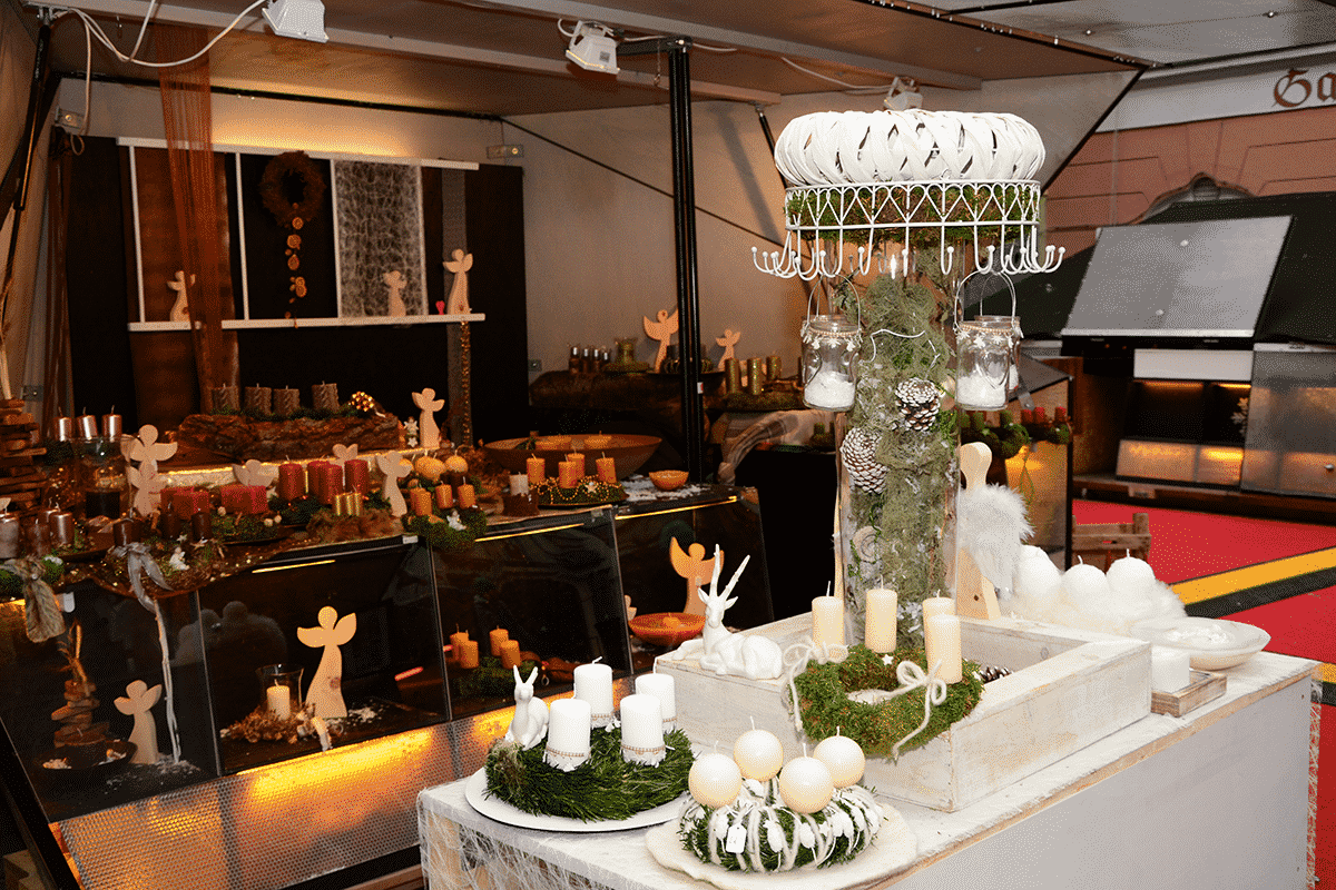 adventkranz-christkindmark-mehlplatz-graz