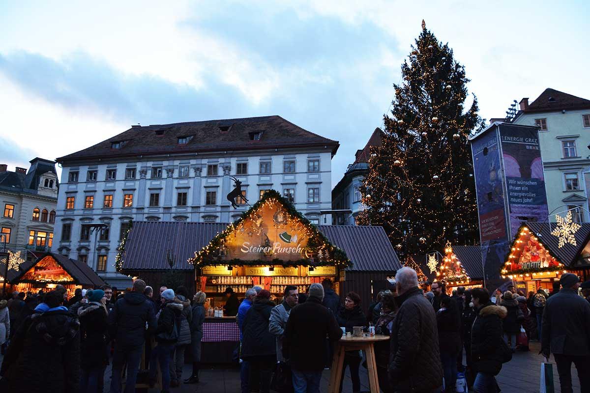 christkindlmarkt-hauptplatz-graz_5