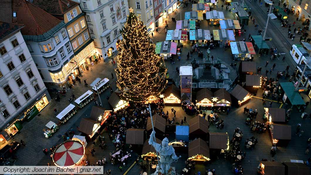 christkindlmarkt-hauptplatz