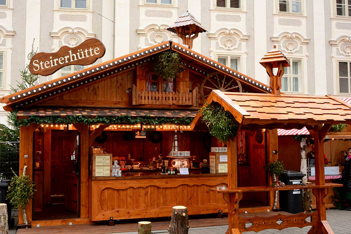 christkindlmarkt-suedtirolerplatz-graz_1