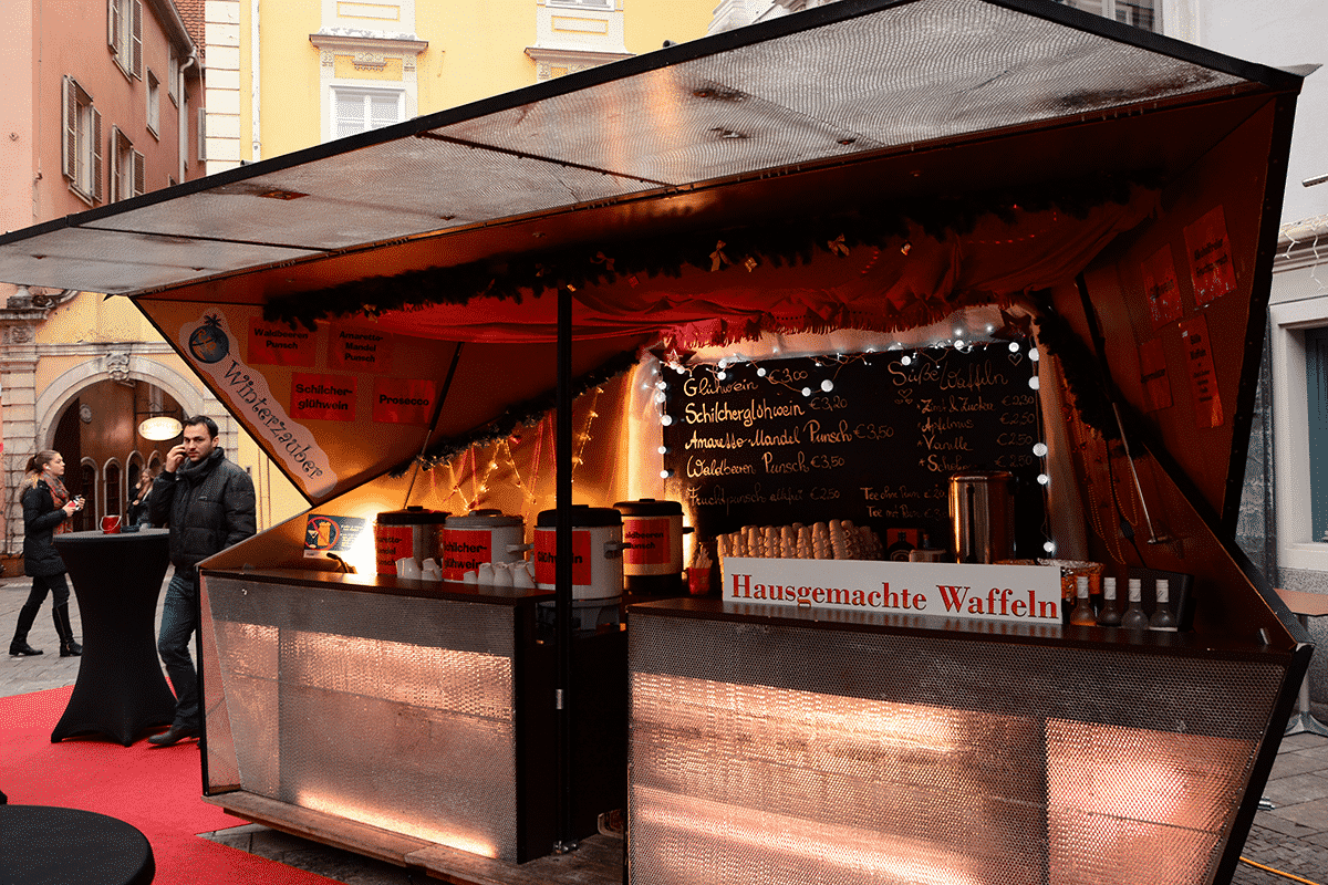 punschstand-christkindmark-mehlplatz-graz