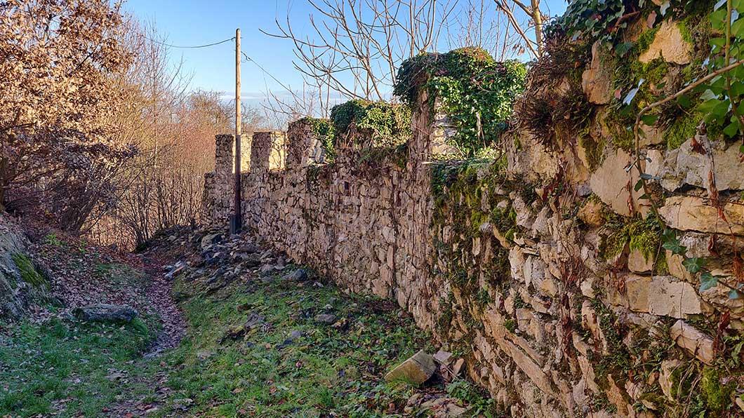 Reste der Festungsmauern