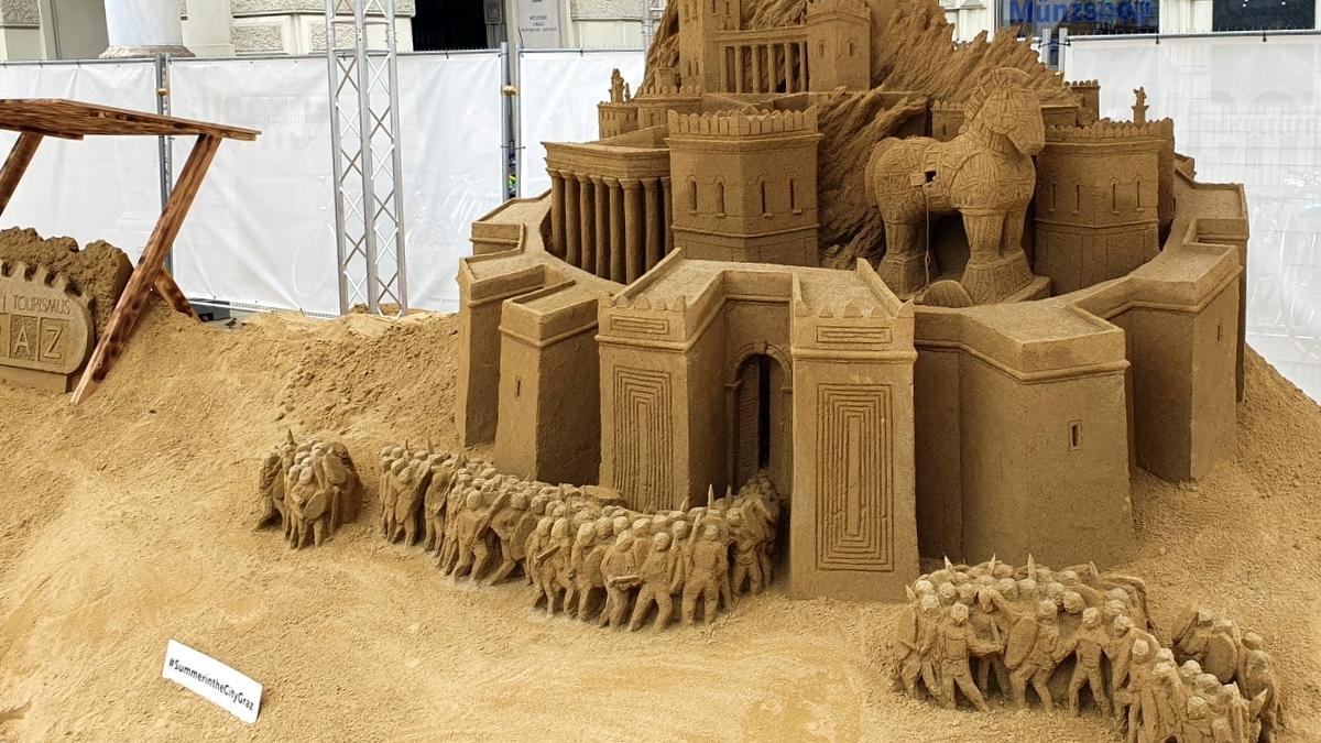 summer-in-the-city-graz-sandskulpturen_2020_01