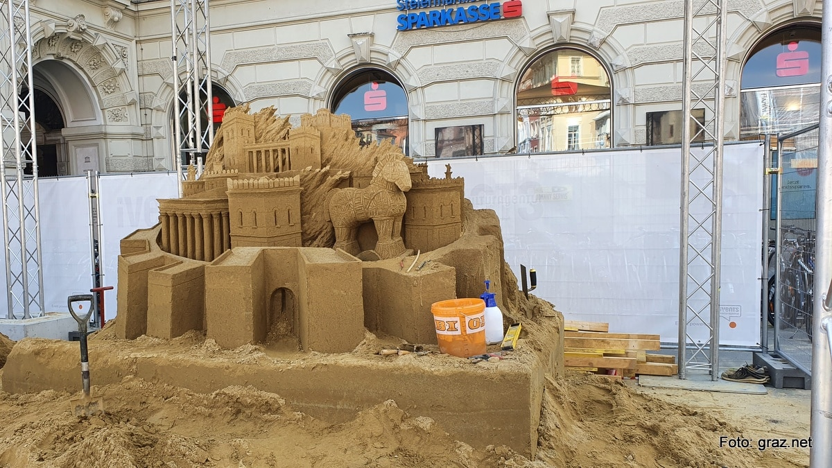summer-in-the-city-graz-sandskulpturen_2020_1