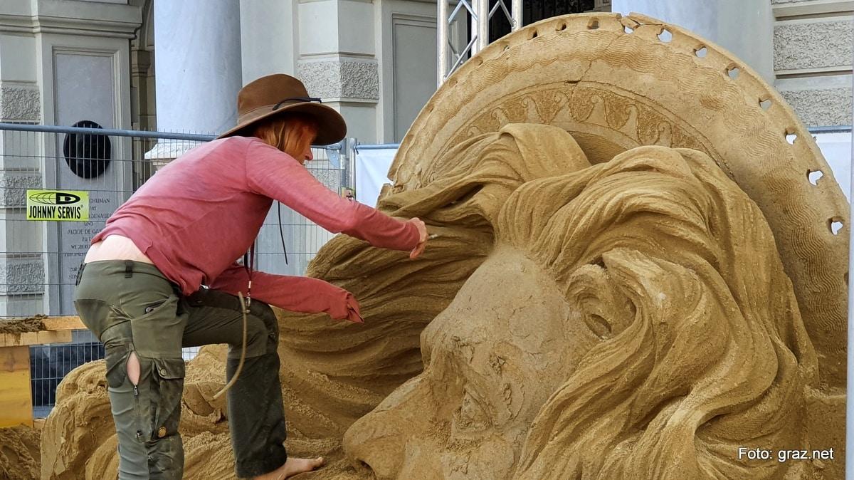 summer-in-the-city-graz-sandskulpturen_2020_2