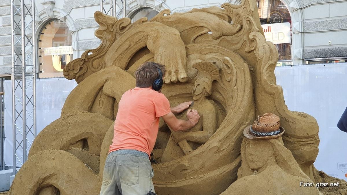 summer-in-the-city-graz-sandskulpturen_2020_3